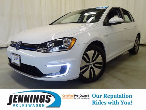 Certified Pre-Owned 2016 Volkswagen e-Golf SE FWD Hatchback